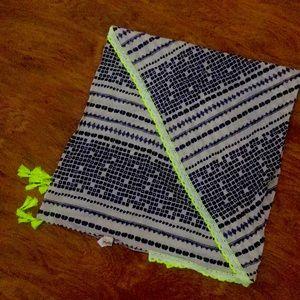 Navy dot line pattern scarf